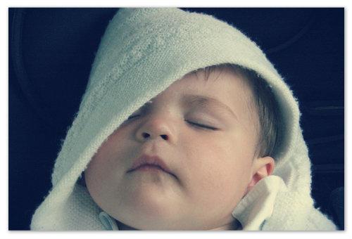 Спящий младенец.