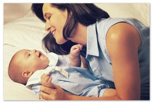Материнская забота о ребенке