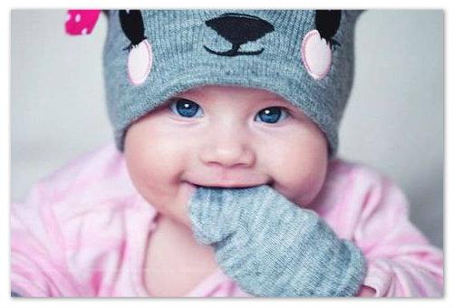 Девочка в шапочке.