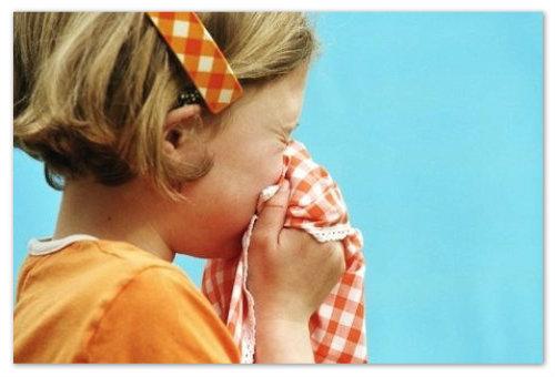 Аллергия у девочки.