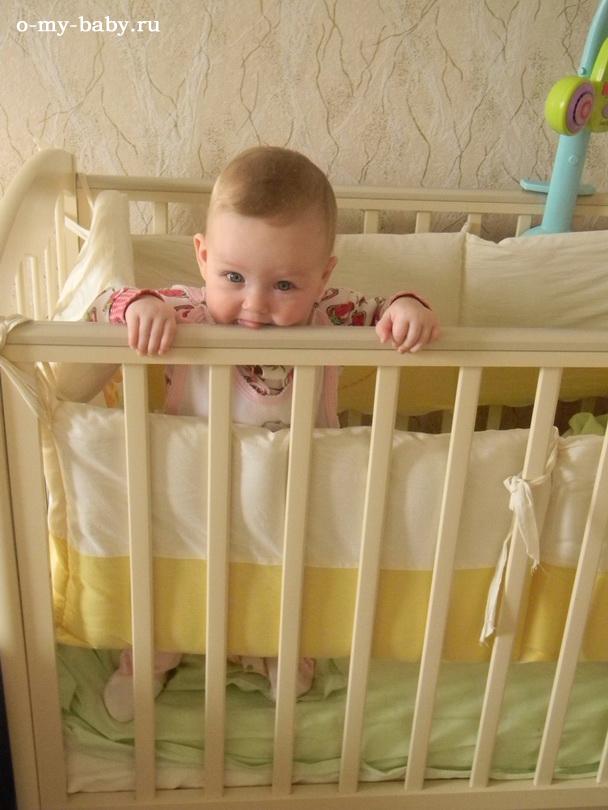 Кроватка — основное место малыша.