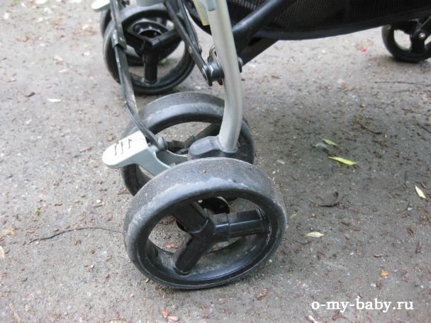 Тормоз можно установить ногой.
