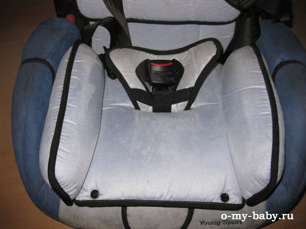 Анатомическая подушка для маленького ребёнка.