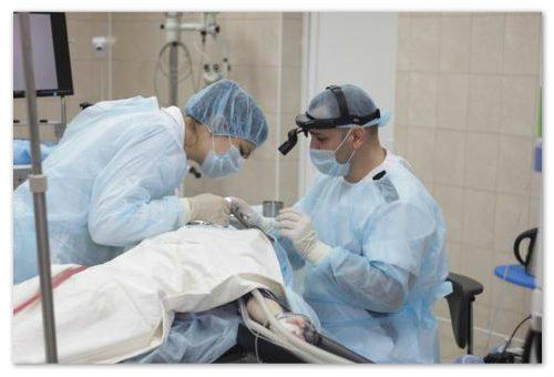 Операция в больнице.