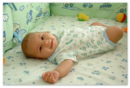 Счастливый новорождённый.